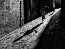 PSA Silver Medal - Cihan Karaca (Turkey)  - Shadow play